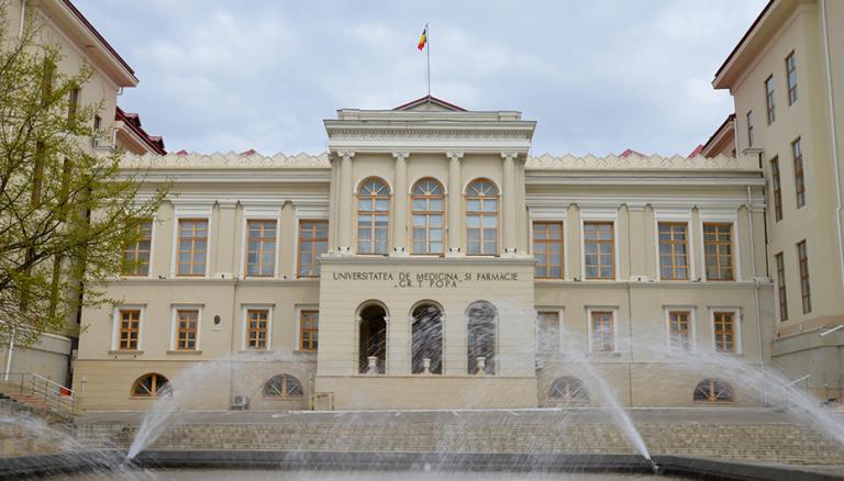 Rectorul UMF Iași amenință că trimite direct în restanță studenții izolați/infectați!