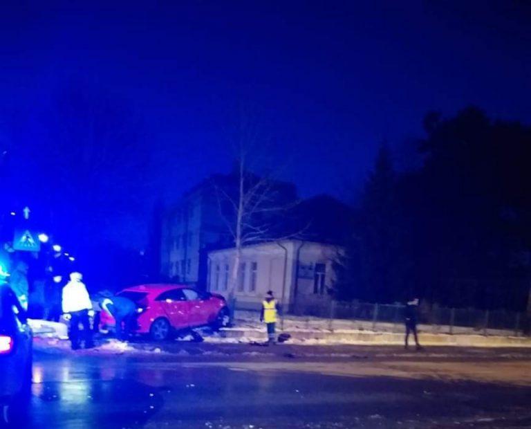(VIDEO) Accident în zona Copou! Două persoane au fost transportate la spital!