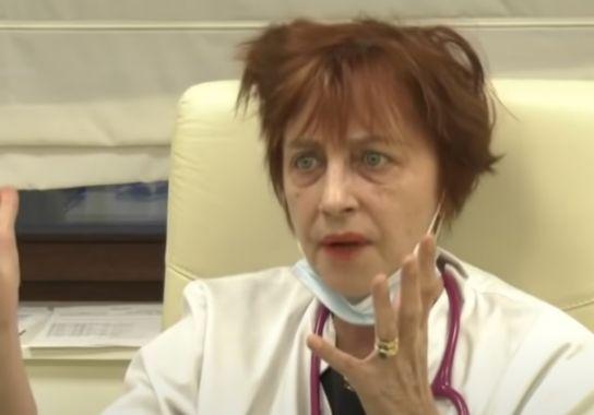 """Dr. Flavia Groșan: """"Eu zic că masca nu face bine. Eu aș fi mers pe varianta englezească cu imunizarea de turmă"""""""