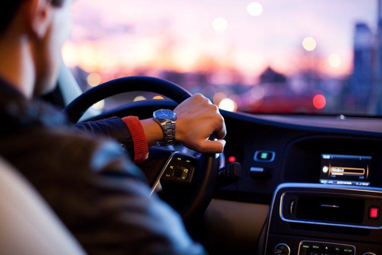 Activitate informativ-preventivă despre accidentele rutiere, desfășurată de polițiștii ieșeni